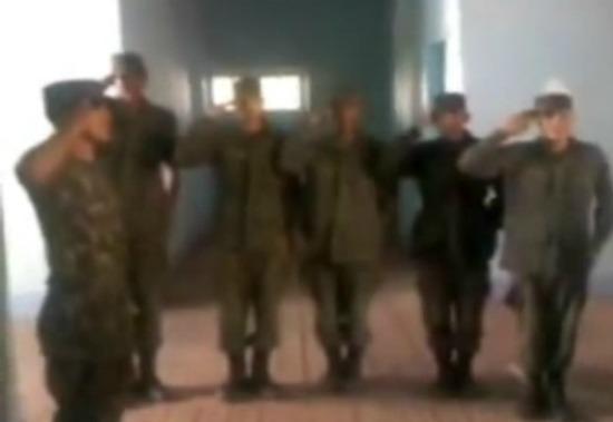 soldados exercito funk