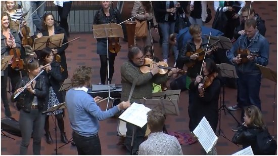 flash mob orquestra copenhagen