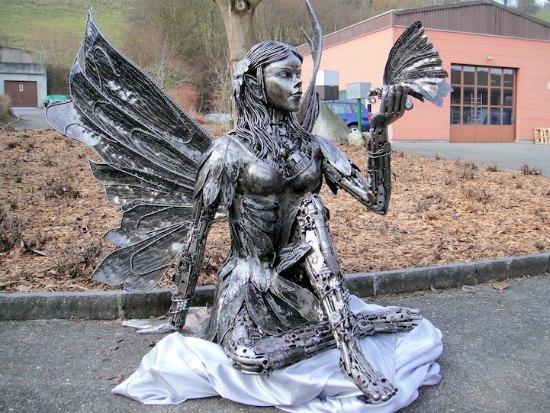 escultura reciclada
